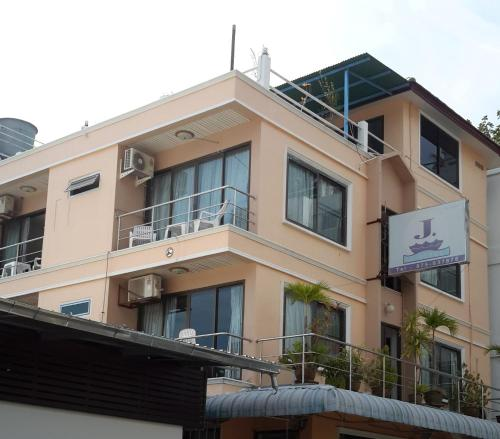 J Hotel front view