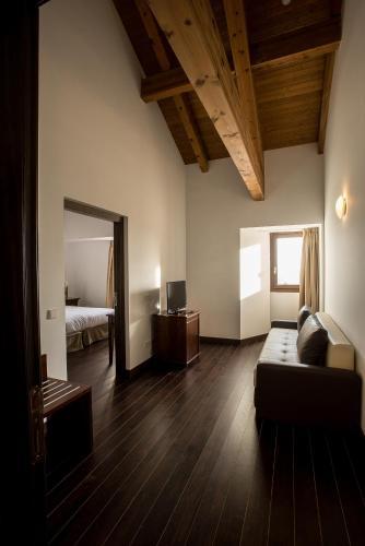 Junior Suite Palacio del Infante Don Juan Manuel Hotel Spa 4