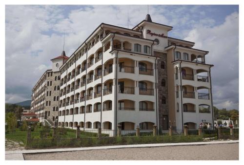 Regina Mare Apart Hotel