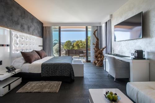 Suite with Private Pool and Private Garden Mas Tapiolas Suites Natura 2