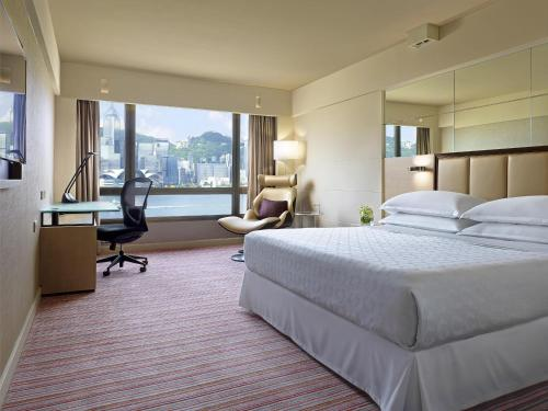 Towers Deluxe King Room with Harbour View with Club Lounge Access Free Wifi