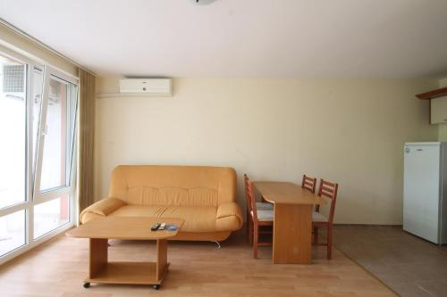 Apartment Arendoo in complex Marina View Fort Beach