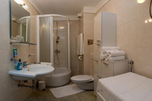 New Luxury Sunny Apartment