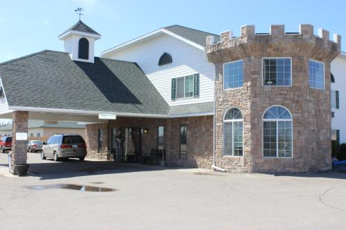 Knights Inn and Suites Grand Forks -  star rating for travel with kids