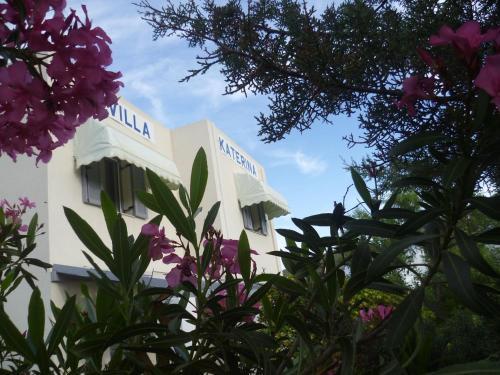 Villa Katerina Rooms & Apartments, Azólimnos