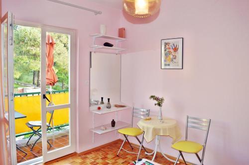 Apartments Katica 549