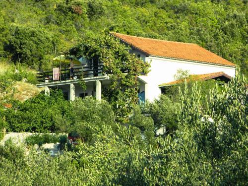 Apartments Indis Garden