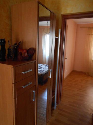 Apartment Fruktovaya 4