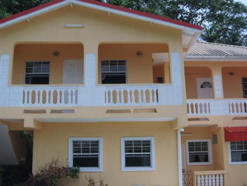 Hilltop View Guesthouse, Castries