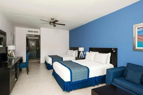 Junior Suite (3 Adults + 2 Children) - Free WiFi