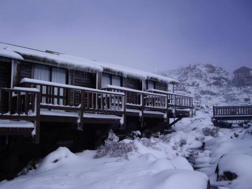 Ben Lomond Alpine Hotel