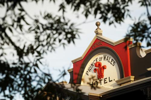 Picture of Prince of Wales Hotel, Bunbury