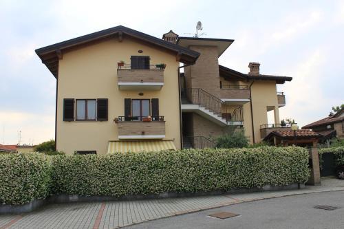 foto Guest House Mariano Comense (Figino Serenza)