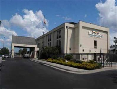 Photo of Baymont Inn and Suites Yemassee Hotel Bed and Breakfast Accommodation in Yemassee South Carolina