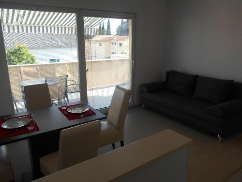 Apartment Cherry