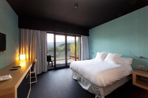 Habitación Doble con terraza Ellauri Hotela 5