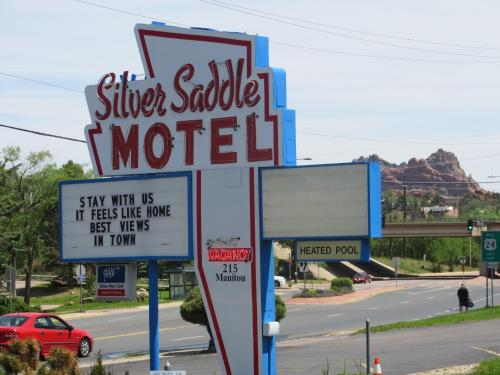 SILVER SADDLE MOTEL -  star rating for travel with kids