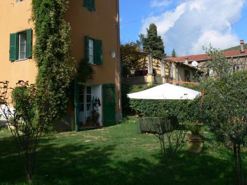 foto Villa Finzi (San Vito Romano)