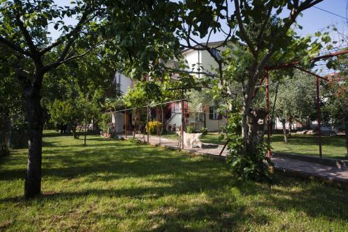 Apartments Milica