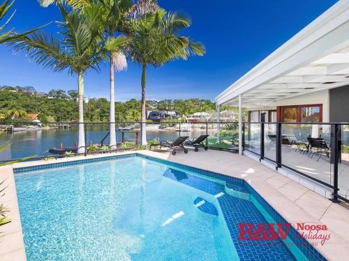 hotels near ricky s river bar restaurant sunshine coast best rh agoda com