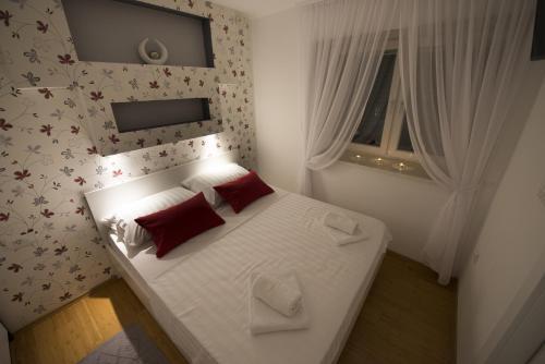 Apartments Annya