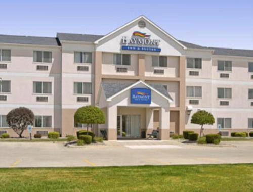 Photo of Baymont Inn and Suites Mattoon Hotel Bed and Breakfast Accommodation in Mattoon Illinois