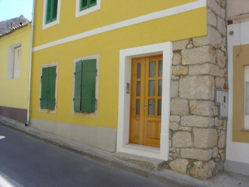 Apartments Kuca Grško
