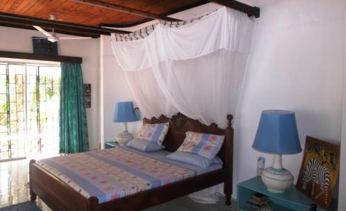 Kivulini Beach Villa