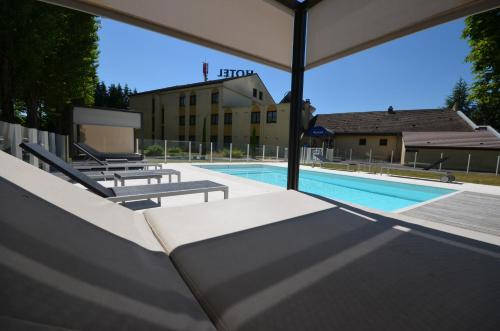 Kyriad dijon est mirande h tel 12 14 rue pierre de - Horaire piscine dijon ...