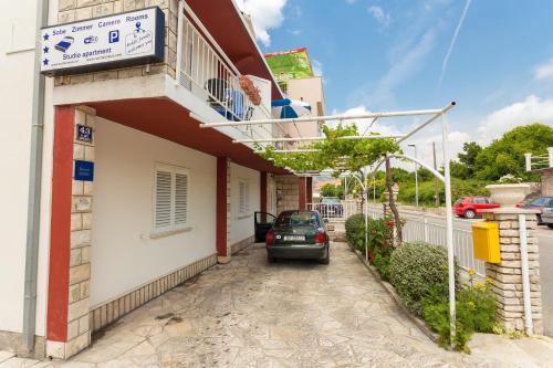 Apartments Boksic