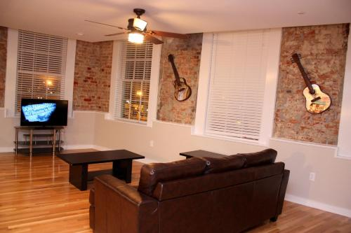 Picture of French Quarter Luxury Two-Bedroom Penthouse 401