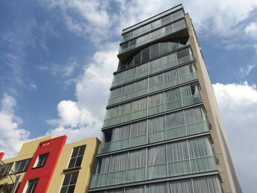 Picture of Hotel Block Suites