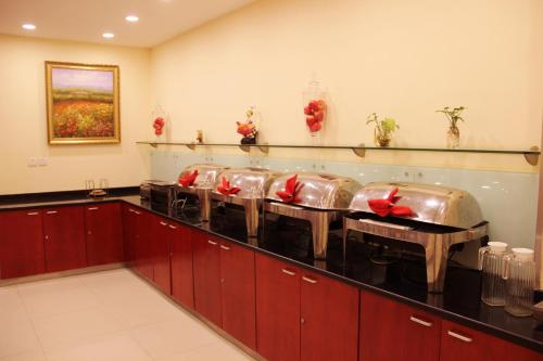 Отель Hanting Express Zhengzhou Shangcheng Road 2 звезды Китай