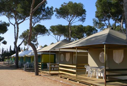 camping relax sol torredembarra tarragona. Black Bedroom Furniture Sets. Home Design Ideas