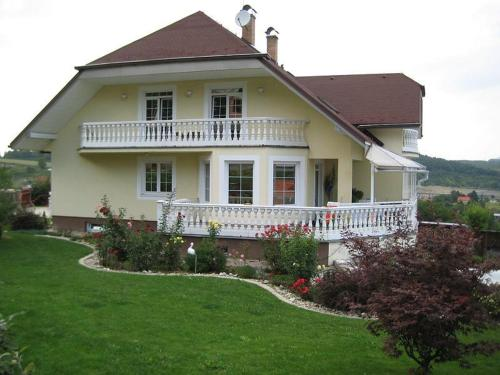 Villa Bella Bed & Breakfast