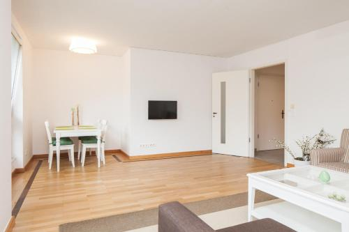 Q Apartment front view