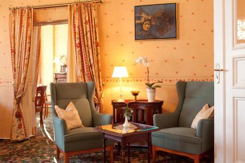Kult-Hotel Auberge photo 5