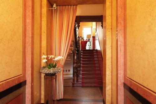 Kult-Hotel Auberge photo 43