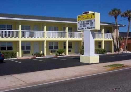 Studio 1 Motel - Daytona Beach FL, 32118