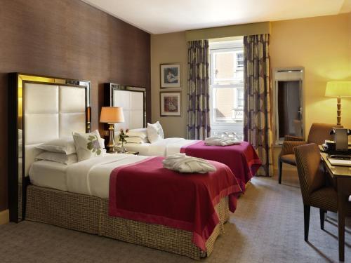 The Mandeville Hotel - image 12