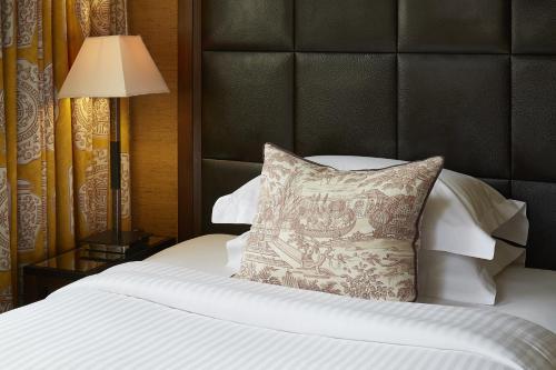 The Mandeville Hotel - image 8