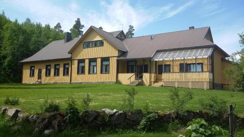Lakehouse Saimaa B&B
