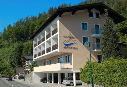 Appartement Alpensee - Apartment mit 2 Schlafzimmern, Balkon und Seeblick