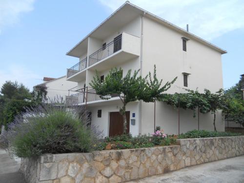 Guest House Kuzmicic
