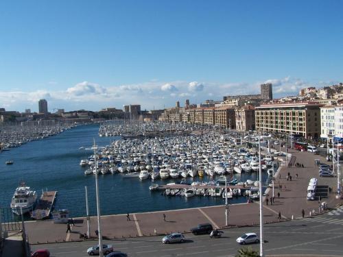 Escale oceania marseille vieux port h tel 5 la canebi re 13001 marseille adresse horaire - Distance gare saint charles port marseille ...
