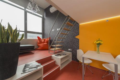 HotelMax 32