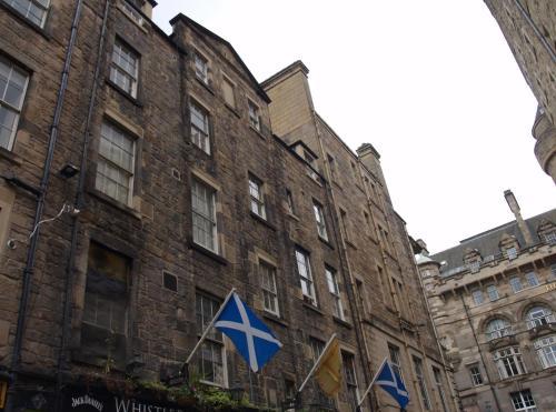 Niddry Street Apartments Edinburgh