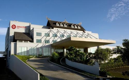 Hakaya Plaza Hotel front view