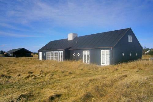 Four-Bedroom Holiday Home Sønderhede 09