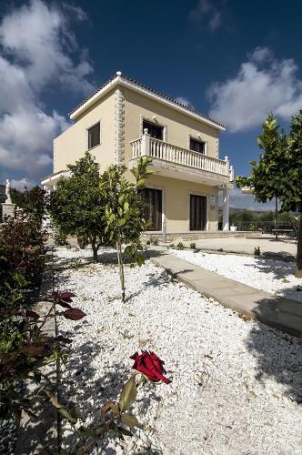 Villa Agios Ilias 1